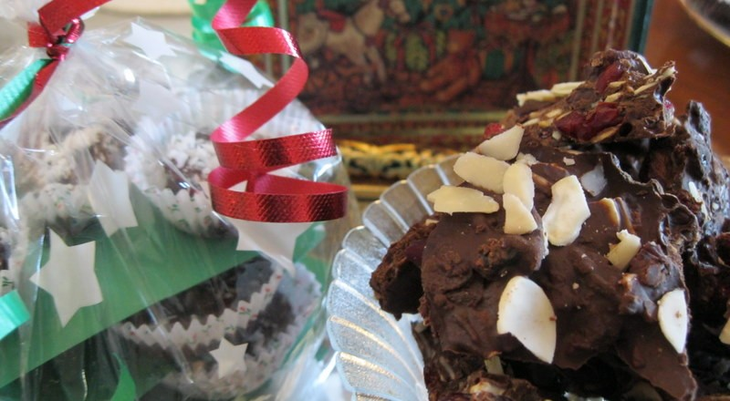 How to make 2 Decadent Christmas Chocolate gifts