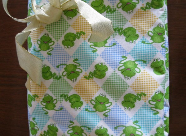 How to Sew a Cotton Gift Quilt