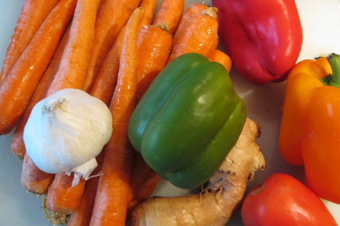 Fresh carrot juice ingredients