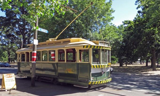 Ballarat Tram (near Botanical Garden entrance)