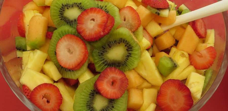 Delicious fruit salad – full of antioxidants, vitamins and