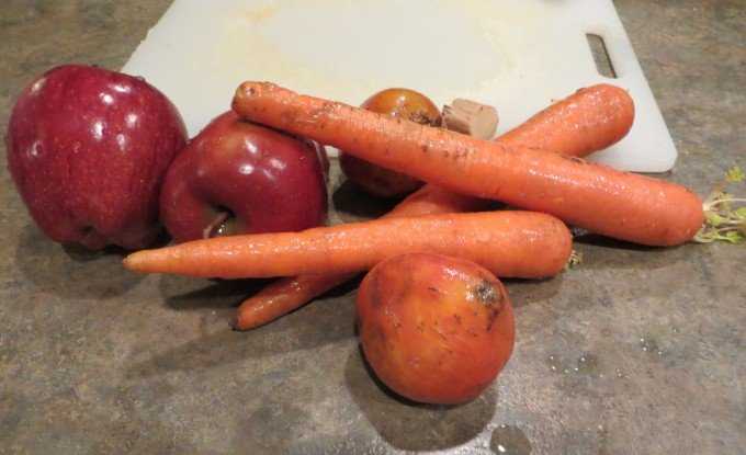Fresh fruit & vegetables: carrots apples beets & ginger