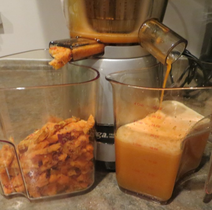 Juicer in action - almost ready with more than 16 ounces of fresh juice